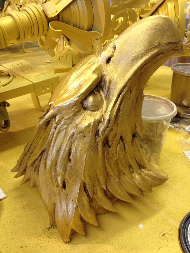 gold eagle head - WOW